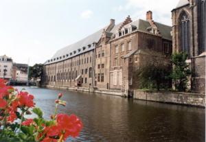 Backside of Het Pand along the Leie river